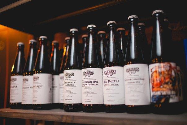 В Сапёрном переулке открылся бар скрафтовым пивом TopHops . Изображение № 2.