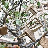 В парке Шевченко установили памятник бабушке. Изображение № 2.