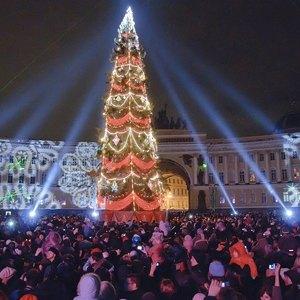 Гид по новогодней ночи: 30вечеринок в Петербурге. Изображение №31.