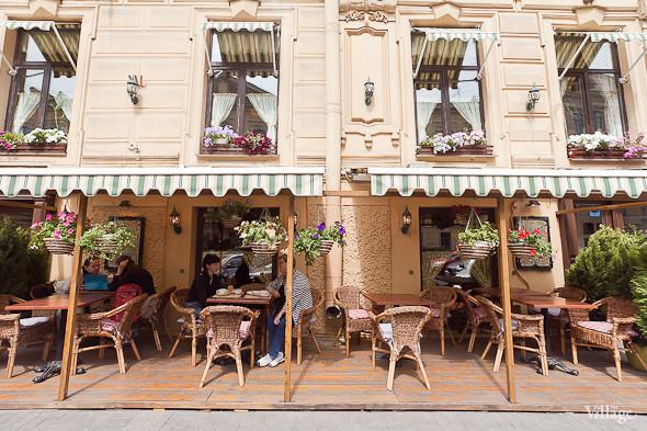 Зов улиц: Летние веранды в центре Петербурга. Изображение № 3.