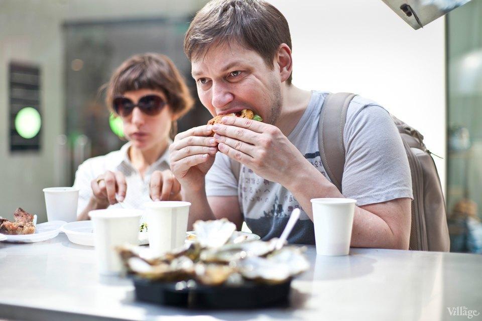 Между булок: 6 бургеров сфестиваля на Кузнецком Мосту. Изображение № 47.