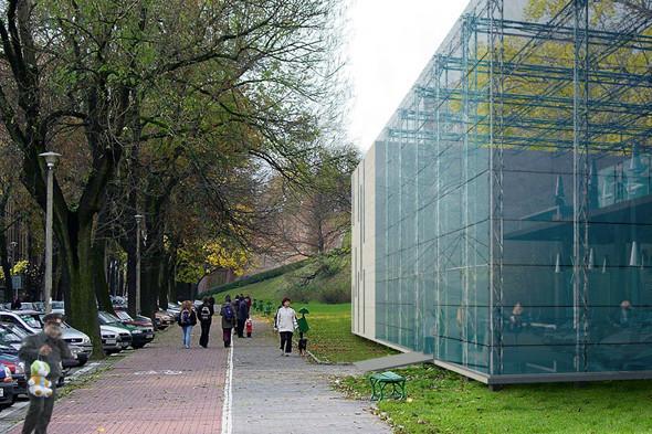 Молодые архитекторы предложили проект прозрачного полицейского участка. Изображение № 4.