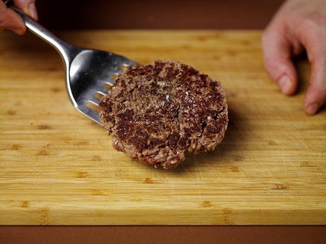 Как приготовить настоящий «Биг Мак» на домашней кухне. Изображение № 30.