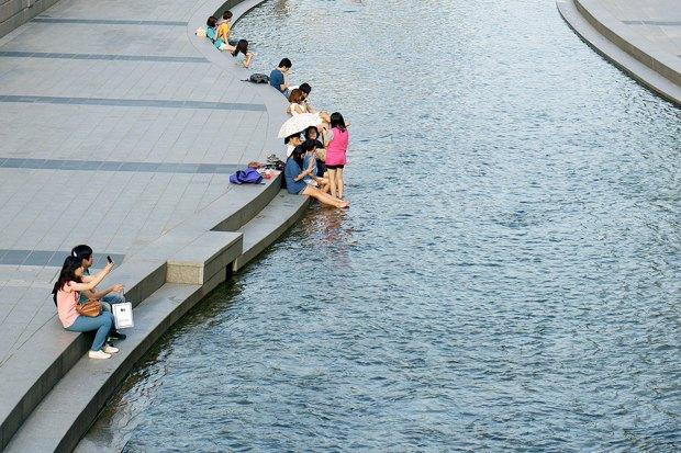 Иностранный опыт: Раскопанная река в Сеуле. Изображение № 16.