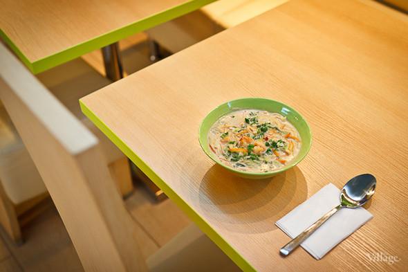 Суп с лапшой и куриным филе в кокосовом молоке — 108 рублей. Изображение № 19.