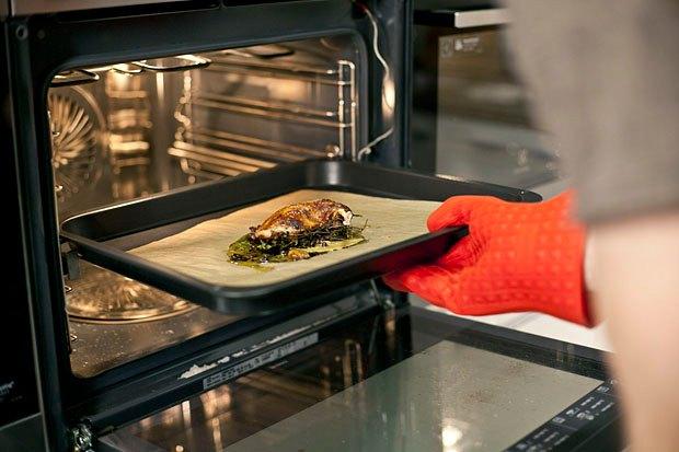 Шеф дома: Котлета из цесарки и пирог-галета Дениса Крупени. Изображение № 64.