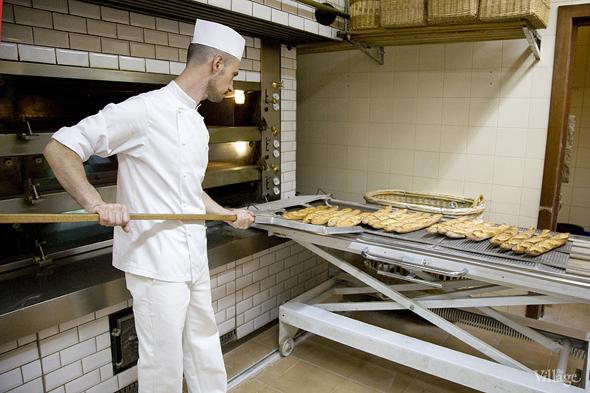 Фоторепортаж с кухни: Как пекут хлеб в «Волконском». Изображение № 26.