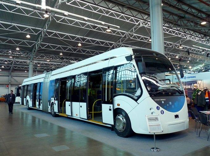 ВПетербурге испытывают белорусский троллейбус-гармошку савтономным ходом. Изображение № 1.