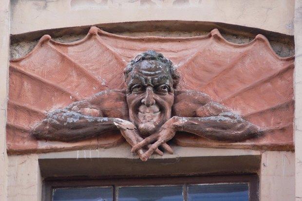 Судьба демона: Жизнь исмерть Мефистофеля сдома Лишневского. Изображение № 1.