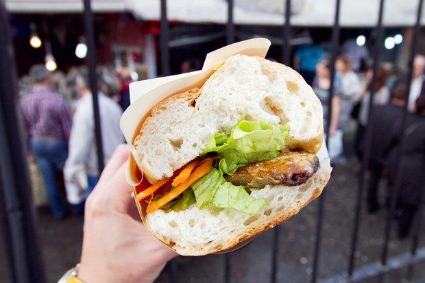 Что едят жители Нью-Йорка, Стамбула, Токио и Мадрида на улице. Изображение № 19.