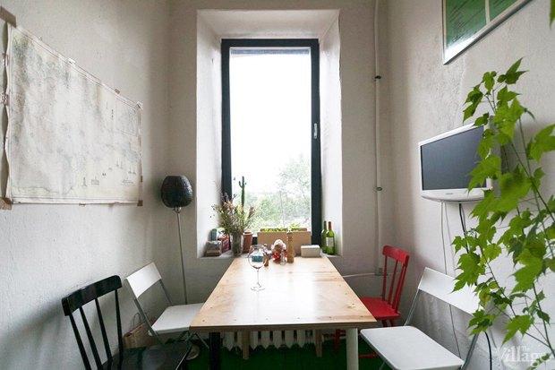 Квартирный вопрос: Как визуально расширить узкую комнату?. Изображение № 1.