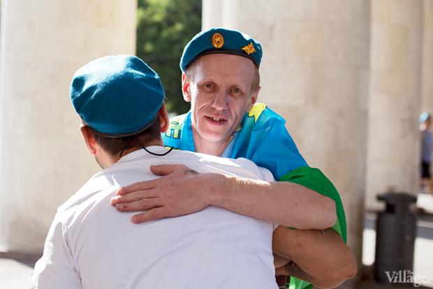 Люди в городе: Как отмечали День ВДВ в парке Горького. Изображение №1.