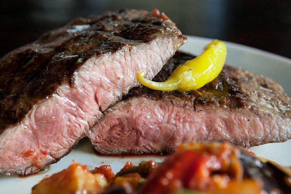 Из каких стран привозят мясо вмосковские рестораны. Изображение № 5.