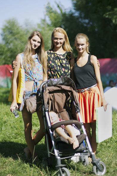 Родители с детьми на пикнике «Афиши». Изображение № 3.