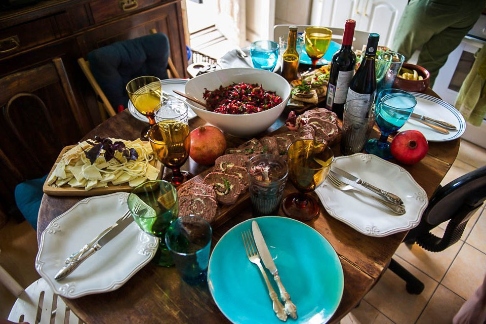 Кто изачем устраивает домашние званые ужины иобеды вМоскве. Изображение № 42.