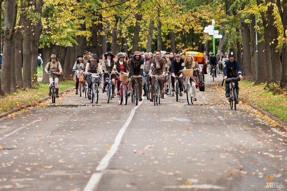 С твидом на город: Участники велопробега Tweed Ride о ретро-вещах. Изображение № 44.