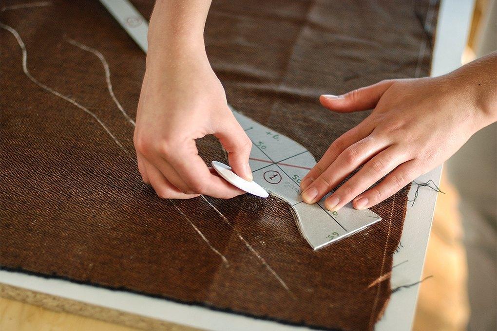 Chehov: Как производство галстуков превращается вателье. Изображение № 14.