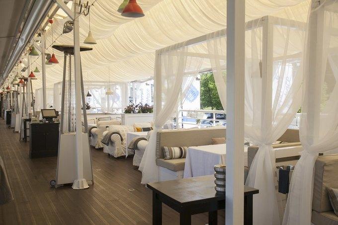 В Москве открылся ресторан греческой кухни «Ехал грека через реку». Изображение № 3.