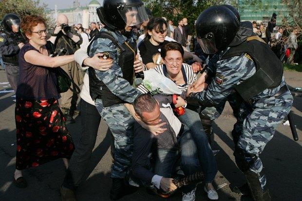6 мая 2012 года, Москва. Фото: kojoku / Shutterstock.com. Изображение № 11.