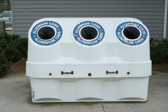 Во «Внуково» установили контейнеры для раздельного сбора мусора. Изображение № 15.