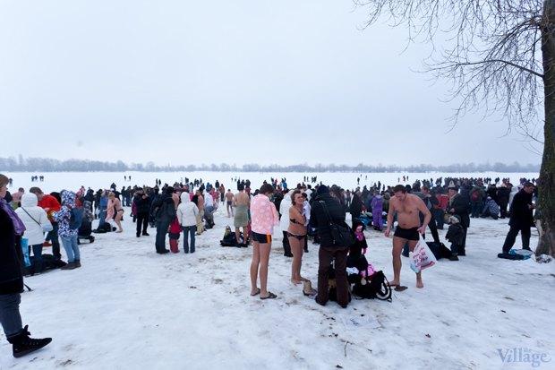Люди в городе: Крещенские купания. Изображение № 7.