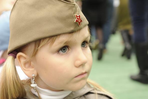 День Победы в Москве и Петербурге: Как гуляют и о чём вспоминают ветераны 9 Мая. Изображение № 34.
