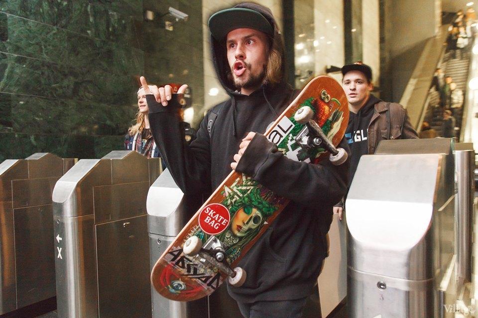 Фото ночи: Скейтерский чемпионат в метро. Изображение № 5.