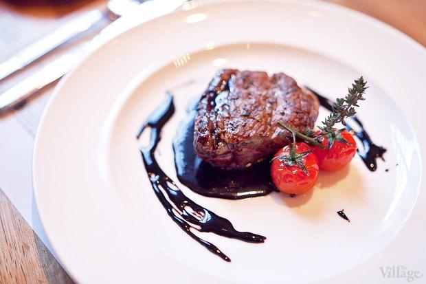 Филе говядины под бальзамическим соусом — 520 рублей. Изображение № 18.