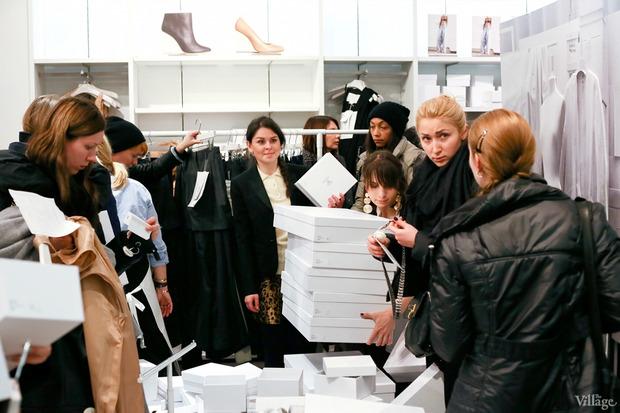 Вклад в МММ: Начало продаж коллекции Maison Martin Margiela x H&M. Изображение № 25.