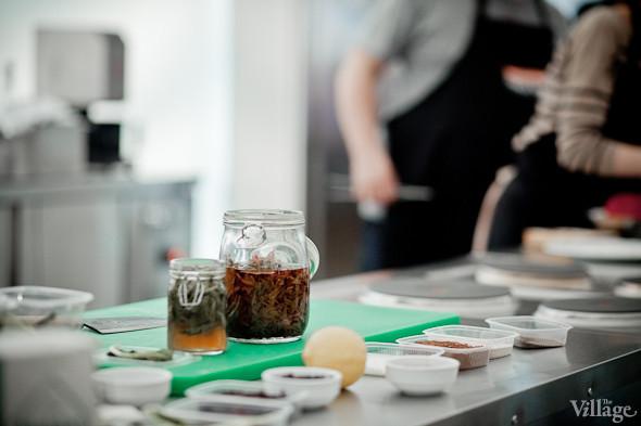 Omnivore Food Festival: Иван Шишкин готовит пеммикан и черемуховые полбяные пряники. Изображение № 47.