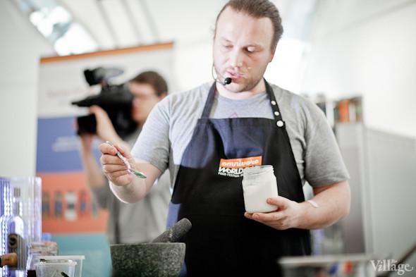 Omnivore Food Festival: Иван Шишкин готовит пеммикан и черемуховые полбяные пряники. Изображение № 34.