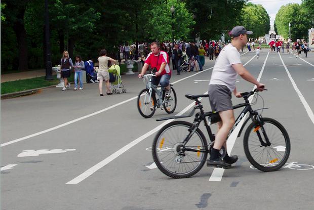 Новости парков: Артхаус в саду Баумана, велопарковки в «Кузьминках» и Wi-Fi почти везде. Изображение №14.