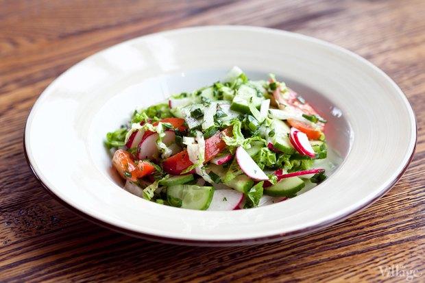 В сети «Марчелли's» появилось обеденное меню The Village. Изображение № 4.