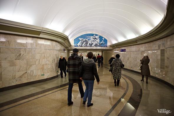 На новой станции метро «Адмиралтейская» уже произошло несколько аварийных остановок эскалатора. Изображение № 25.