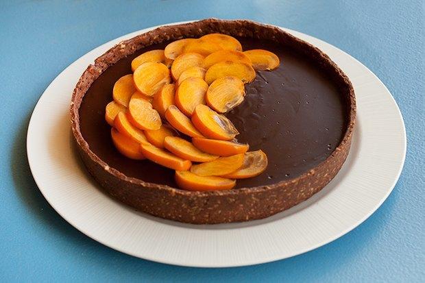 Шоколадно-сырный тарт схурмой. Изображение № 2.