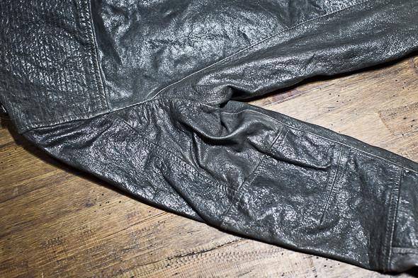 Анатомия куртки: Как сделана кожаная куртка AllSaints. Изображение № 20.
