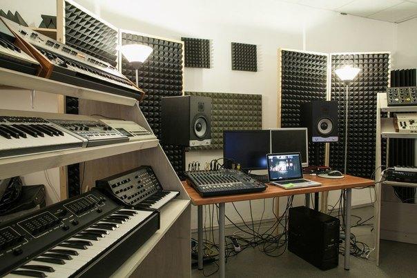Студия Galernaya 20 открывает синтезаторную . Изображение № 2.