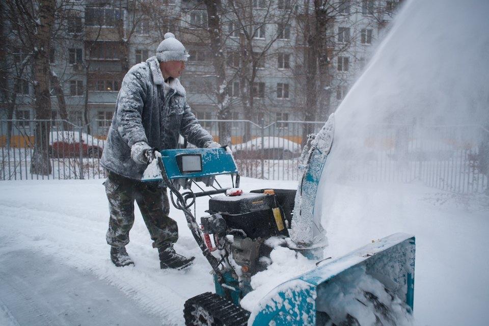 Как Москва справляется снеожиданным декабрьским снегом. Изображение № 3.