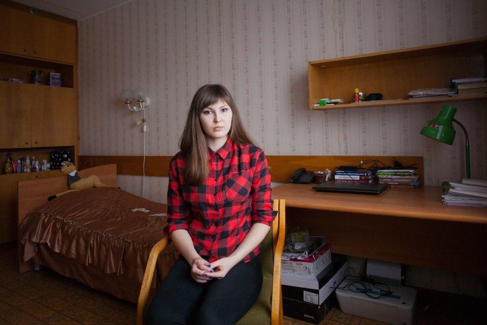 русское групповое порой студентов в общаге