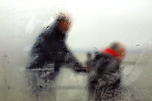 Инвалиды-колясочники—  ожизни вроссийских городах . Изображение № 2.