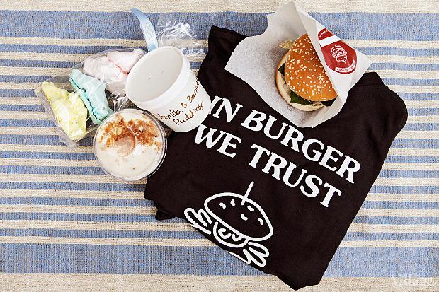Corner Burger: бургеры «Капрезе» и «Корнер-бургер де-люкс», банановый пудинг из UDC и безе. . Изображение № 2.