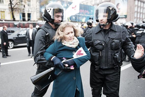 Copwatch: Действия милиции на Крещатике в день оглашения приговора Юлии Тимошенко. Зображення № 23.