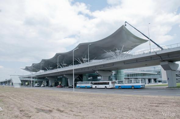 Фоторепортаж: В аэропорту Борисполь открыли самый большой на Украине терминал. Зображення № 26.