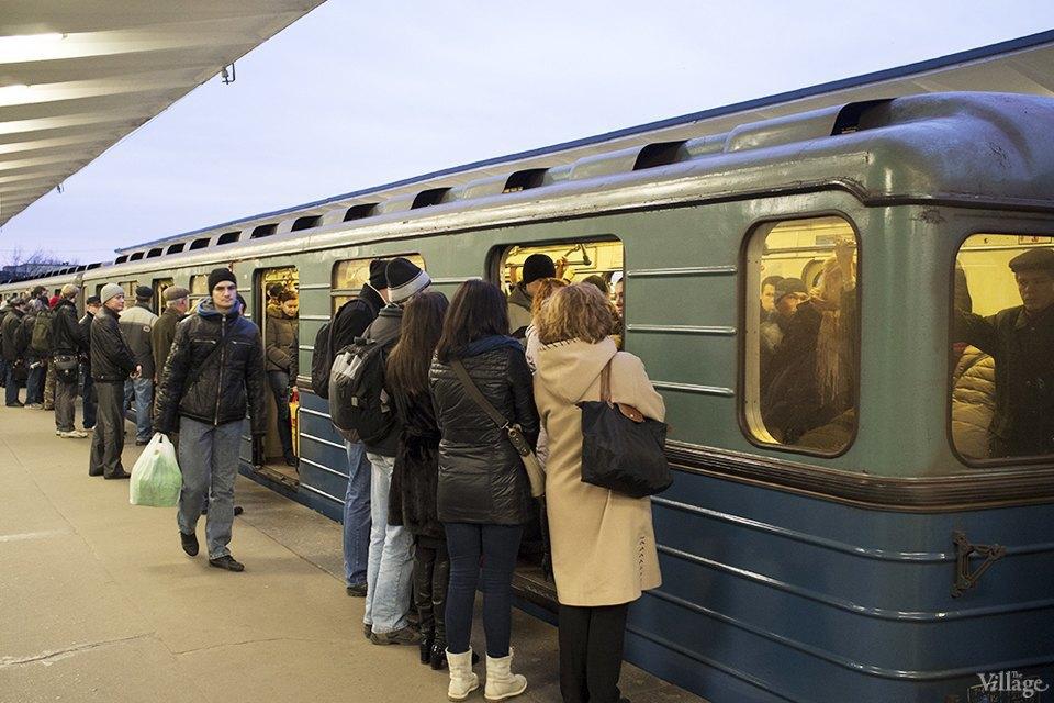 Фоторепортаж: Час пик на станции «Выхино». Изображение № 10.