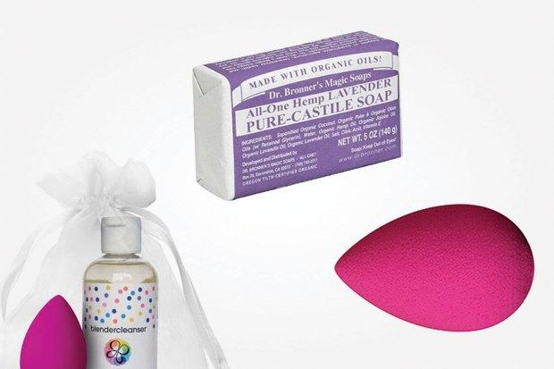 Что купить: Лаки Zoya, ароматы для дома Dr.Vranjes, мыло Dr.Bronner. Изображение № 7.
