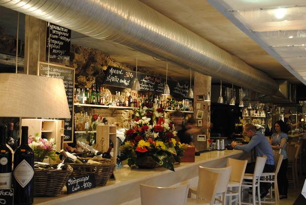 Новости ресторанов: Обновление бара «Бонтемпи», киоск с мороженым «Булки», «Probka на Цветном». Изображение № 2.