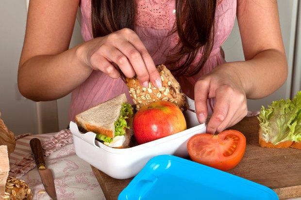 Как у них: Что едят дети вшколах Сиднея, Парижа, Берлина, Монреаля, Ханоя иМариуполя. Изображение № 5.