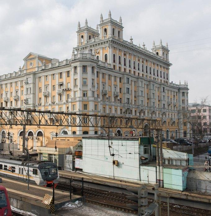Я живу в «Доме с башенками» уБелорусского вокзала. Изображение № 2.