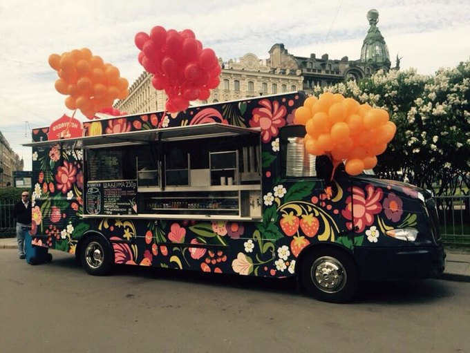 В Петербурге появился фургон сшавермой отGinza Project . Изображение № 1.