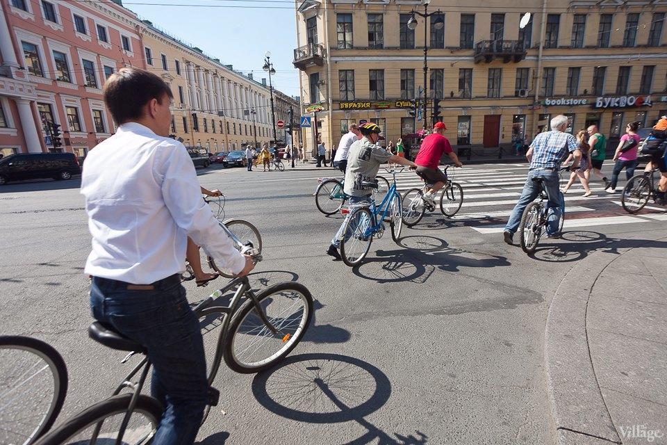 Где наши мигалки: Как петербургские депутаты пересели на велосипеды. Изображение № 18.